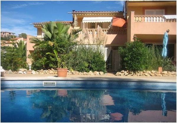 Semi-detached house in Playa Romantica